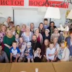 Прихожане храма Александра Невского в Архангельске поздравили настоятеля с 50-летним юбилеем