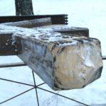 Вандалы вновь спилили поклонный крест в Архангельске